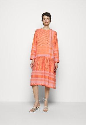 JOSEFINE - Day dress - flush