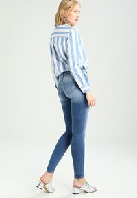 ONLY - ONLSHAPE - Skinny džíny - light blue denim