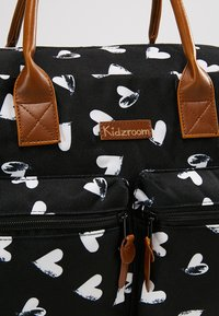 Kidzroom - DIAPERBAG - Torba do przewijania - black - 7