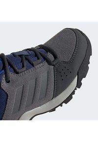 adidas Performance - TERREX HYPERHIKER LOW LEATHER HIKING SHOES - Zapatillas de senderismo - grey - 7