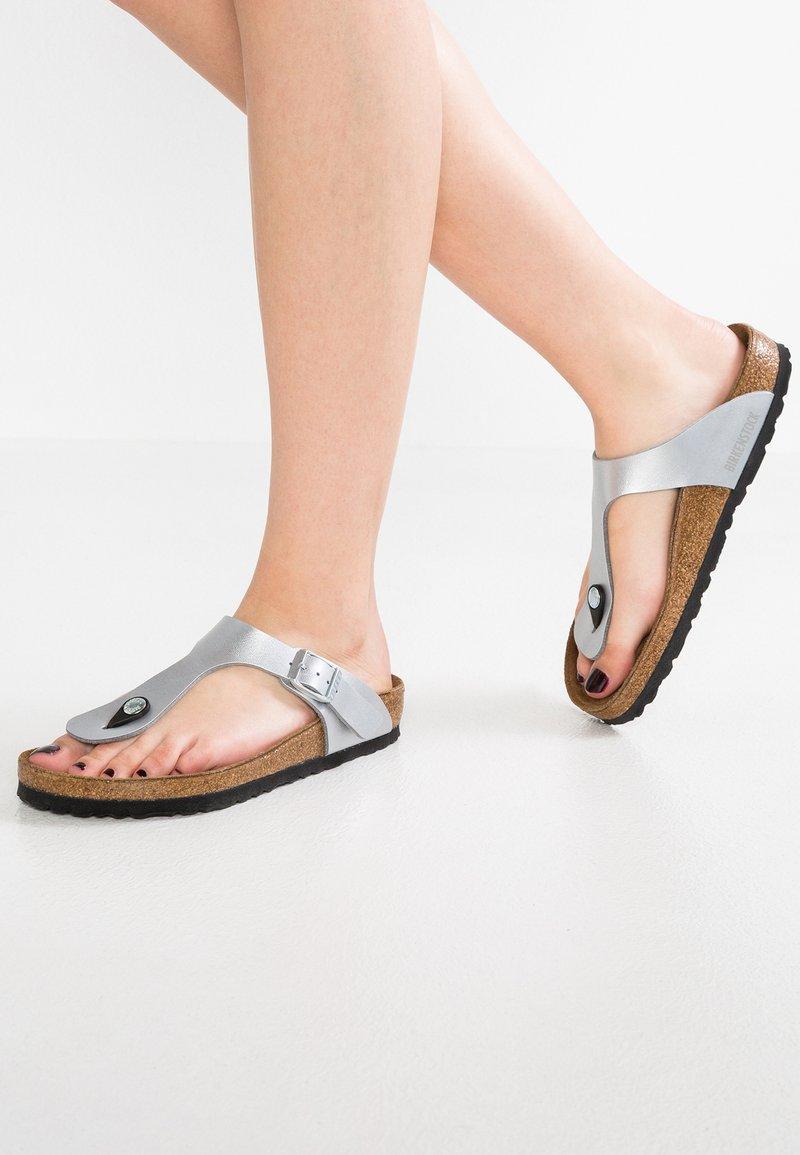Birkenstock - GIZEH - T-bar sandals - silver