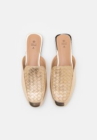 Call it Spring - VEGAN DOLLIE - Mules - champagne - 5