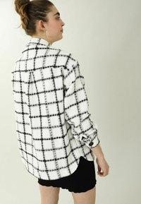 Pimkie - Summer jacket - weiß - 2
