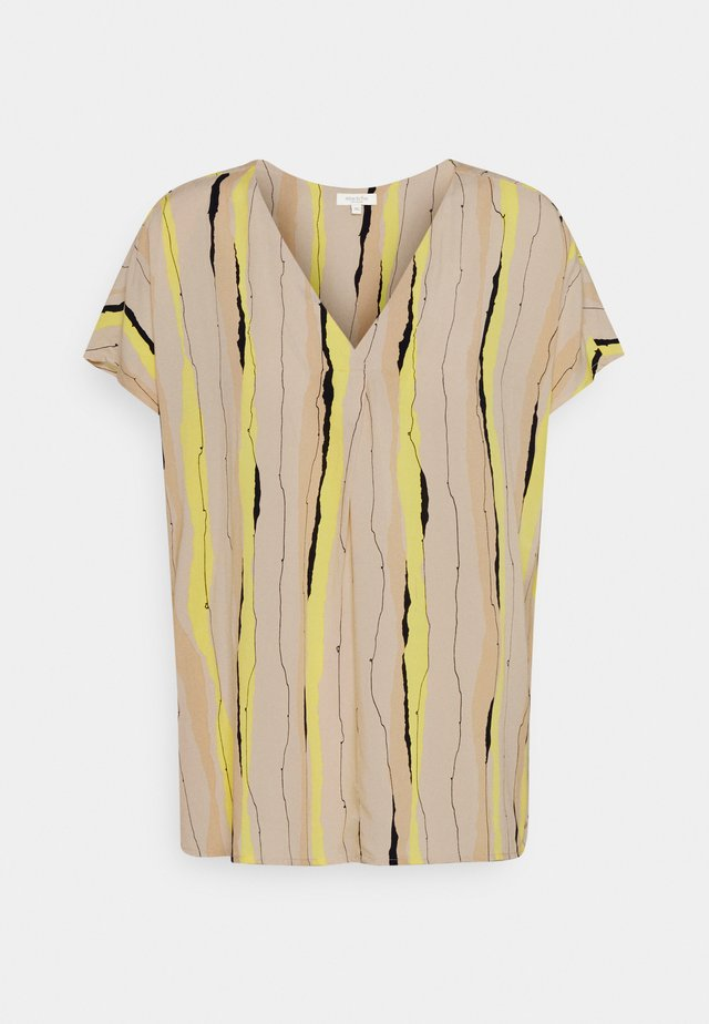 BLOUSE V NECK PRINTED - T-shirt imprimé - yellow/beige