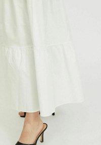 Vila - Maxi dress - cloud dancer - 4