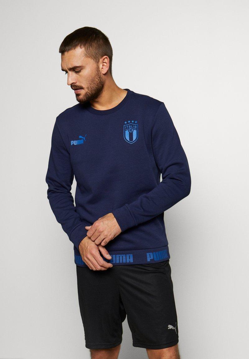 Puma - ITALIEN FIGC CULTURE CREW SWEATER - Sweatshirt - peacoat/team power blue
