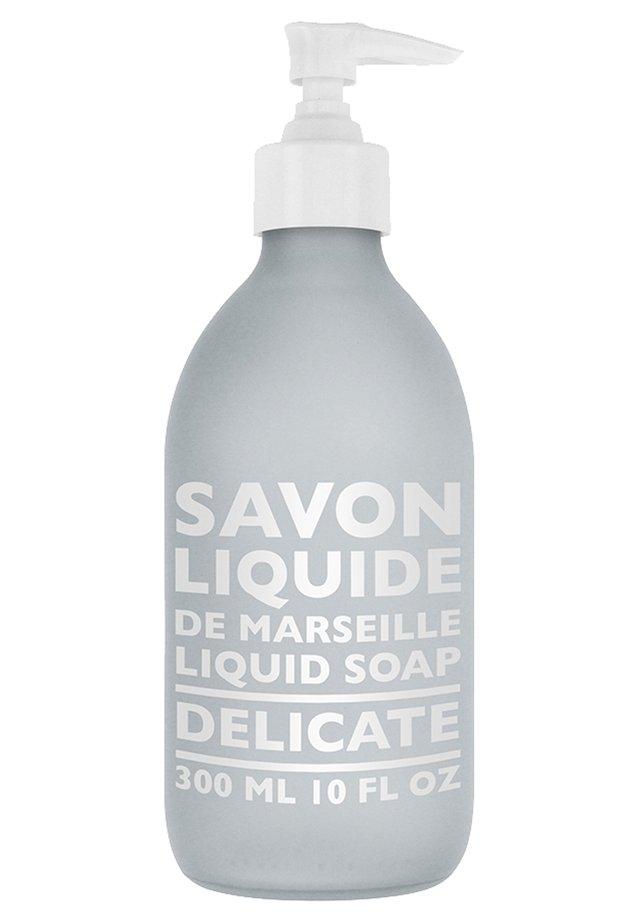 LIQUID MARSEILLE SOAP  - Sapone liquido - delicate
