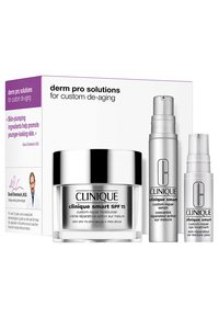 Clinique - SMART SET - Skincare set - -