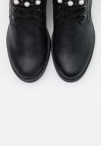 Marco Tozzi - BOOTS - Cowboystøvletter - black - 5