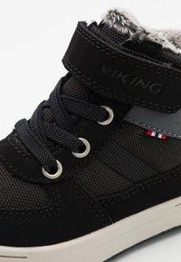 Viking - LUKAS WP UNISEX - Zimní obuv - black/grey - 5