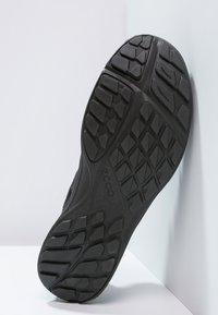 ECCO - TERRACRUISE LITE - Hiking shoes - black - 4
