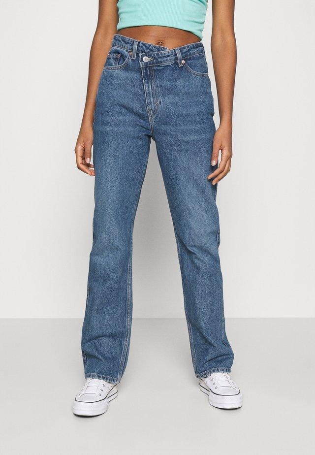 SKEW - Jeans a zampa - sea blue