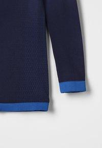 ODLO - CREW NECK PERFORMANCE WARM KIDS  - Camiseta interior - diving navy /energy blue - 2