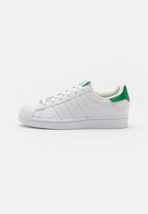 SUPERSTAR UNISEX - Sneaker low - footwear white/offwhite/green