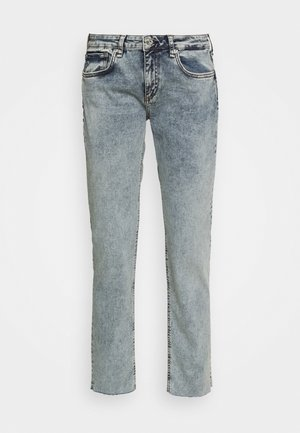 DRE LOOPBACK BOYFRIEND LABEL - Relaxed fit jeans - nora