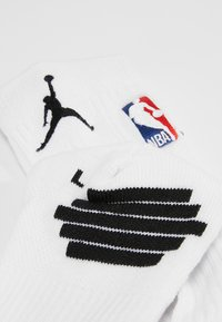 Jordan - CREW NBA - Sportovní ponožky - white/black - 2