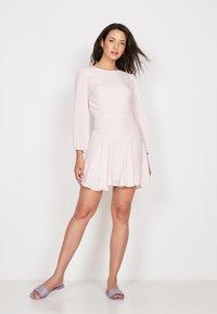 True Violet - Day dress - pink - 1