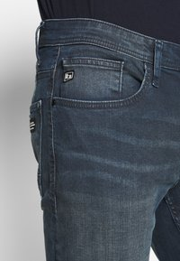 Blend - Slim fit jeans - denim dark blue - 4