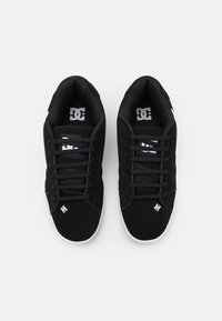 DC Shoes - NET UNISEX - Skate shoes - black/white - 3