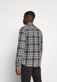 Tigha - MIC - Overhemd - black/anthra - 2