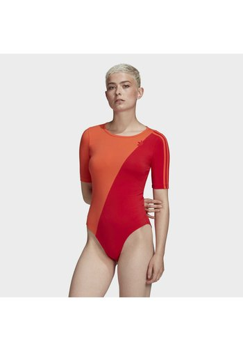 ADICOLOR SLICED TREFOIL BODYSUIT - Print T-shirt - red