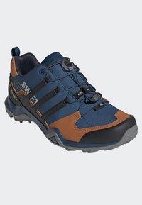 adidas Performance - TERREX SWIFT R2 SHOES - Hikingsko - blue - 2