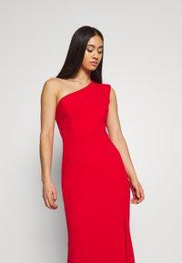 WAL G. - ONE SHOULDER MAXI DRESS - Vestido de fiesta - red - 5