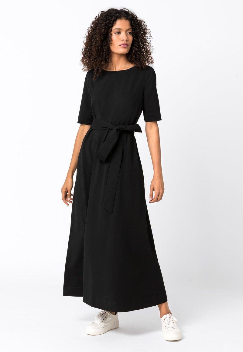 HALLHUBER - Maxi-jurk - schwarz