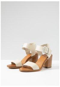 Inuovo - Sandals - bone bne - 5