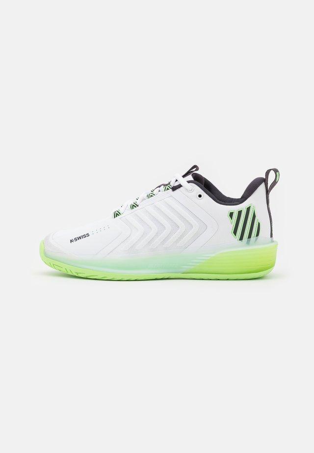 ULTRASHOT 3 - Kengät kaikille alustoille - white/soft neon green/blue graphite
