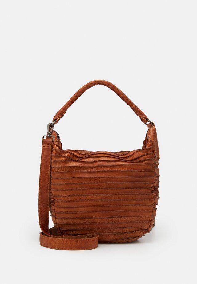 RIFFELTIER - Håndtasker - caramel