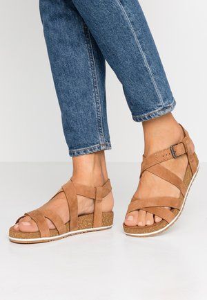 MALIBU WAVES ANKLE - Sandalias - saddle