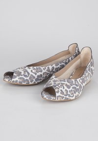 TJ Collection - Ballet pumps - beige - 3