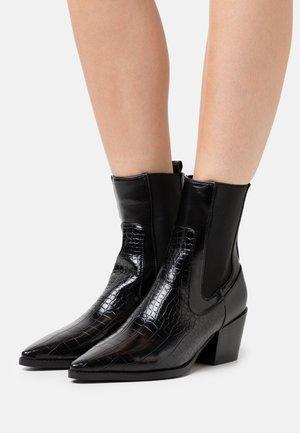DOROTHY - Kotníkové boty - black