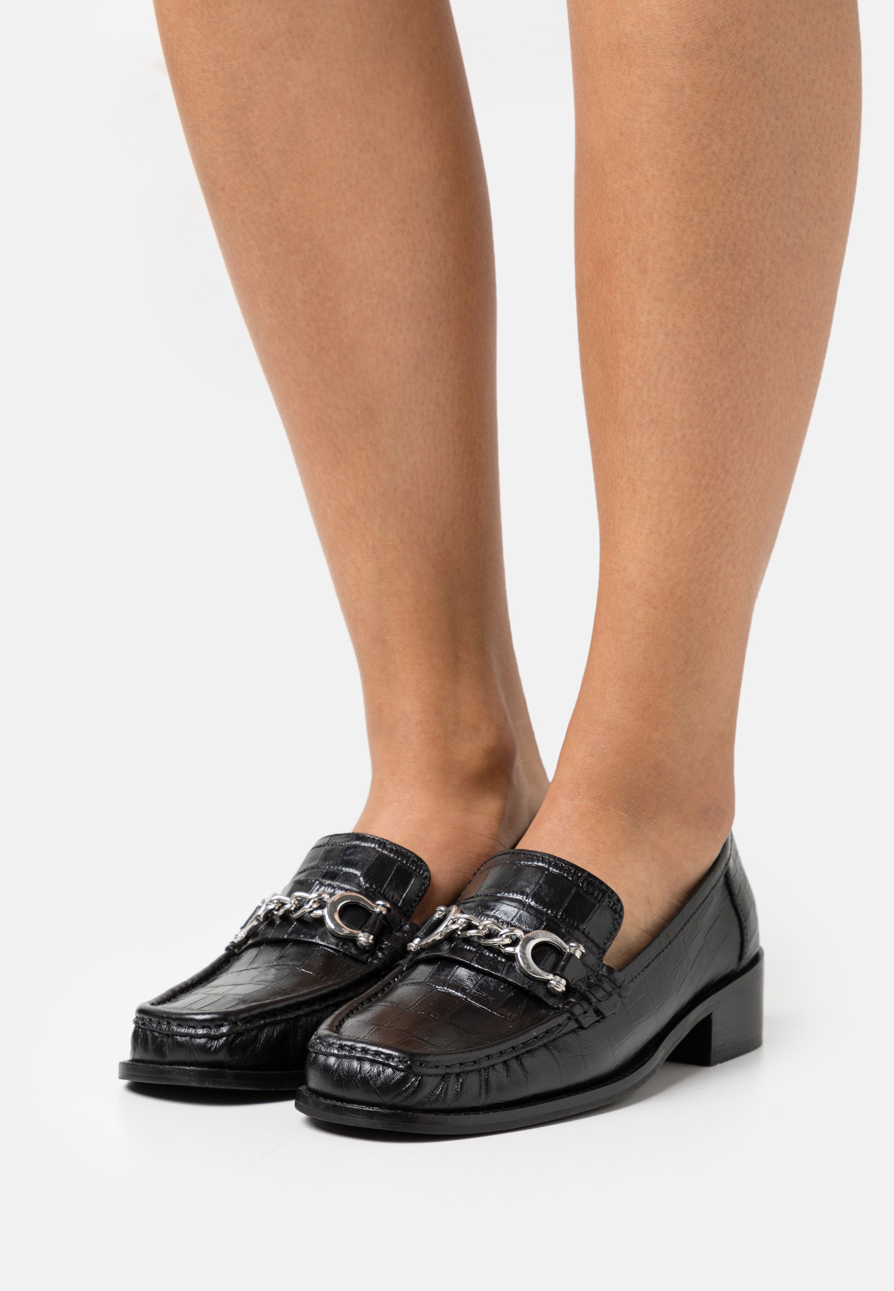 Women LINCON CHAIN LOAFER - Slip-ons