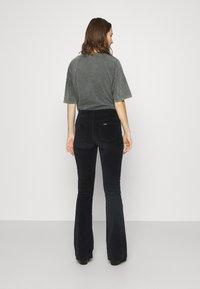 LOIS Jeans - RAVAL - Kalhoty - black - 2