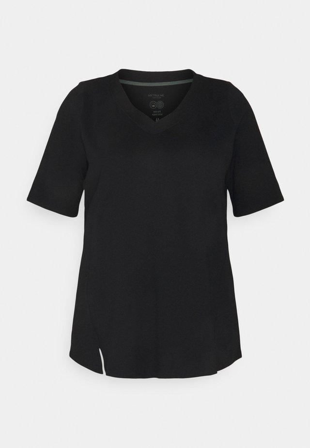 V-NECK - Jednoduché triko - deep black
