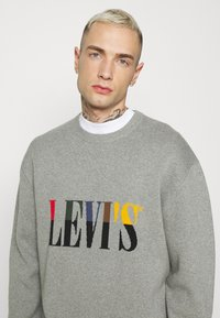 Levi's® - CREWNECK UNISEX - Maglione - grey heather - 3