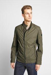Strellson - ROVIGO STAND UP  COLLAR - Summer jacket - olive - 0