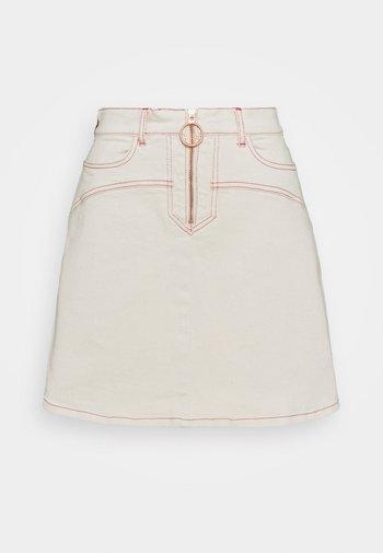 Mini skirt - buttercream
