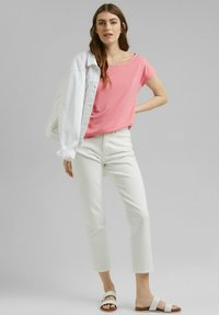 Esprit - FASHION - Basic T-shirt - coral - 1