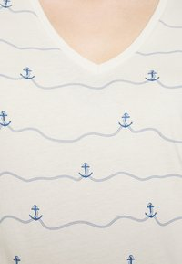 TOM TAILOR DENIM - V-NECK TEE - T-shirt imprimé - creme - 4