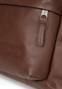 Eastpak - PADDED PAK'R - Rucksack - brown - 3