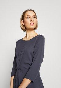 Patrizia Pepe - ABITO/DRESS - Day dress - lava grey - 3
