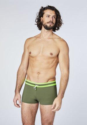 MIT ABGESETZEM BUND - Swimming trunks - dusty olive