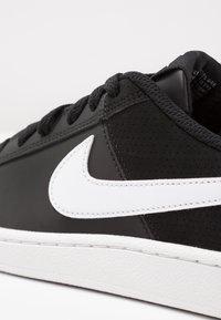 Nike Sportswear - COURT ROYALE - Trainers - black/white - 5