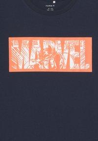 Name it - NKMMARVEL EVERETT - T-shirt con stampa - dark sapphire - 2
