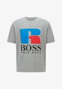 BOSS - Print T-shirt - grey - 4