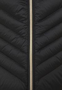 MICHAEL Michael Kors - SHORT PACKABLE CHEVRON - Down jacket - black - 2