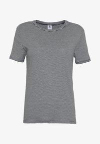 Petit Bateau - TEE MCSMO/MAXXS - Print T-shirt - smoking/marshmallow - 3